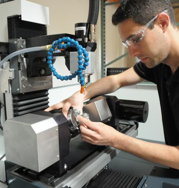 CNC 5 axis mini milling machine